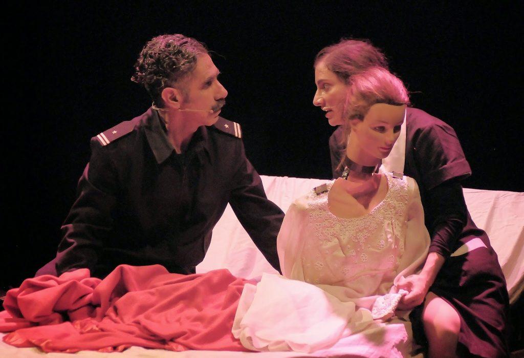 Lorca en un momento de la interpretación de Otelo