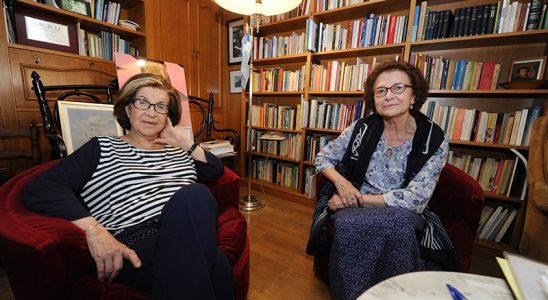 Dionisia y Aurora se reúnen en la casa de la primera. Foto de Juan Caballero.